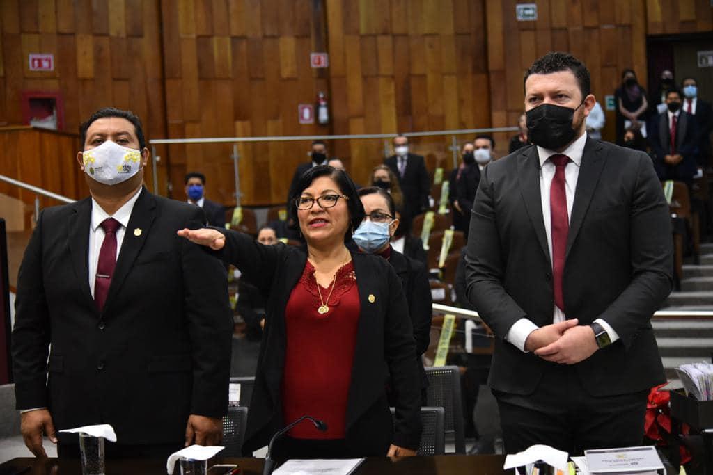 Con suma de esfuerzos, trabajo honesto y austeridad se avanza en el desarrollo en un ambiente sano: Rocío Pérez Pérez