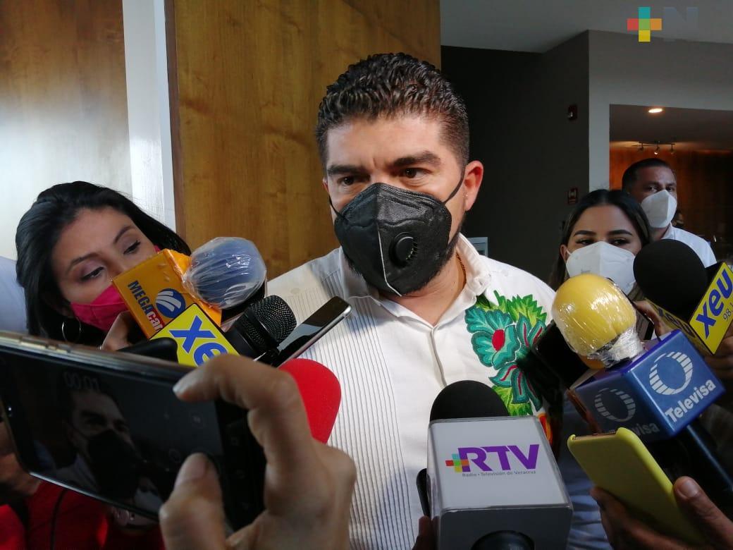 SEV no caerá en chantajes de agrupaciones magisteriales: Zenyazen Escobar