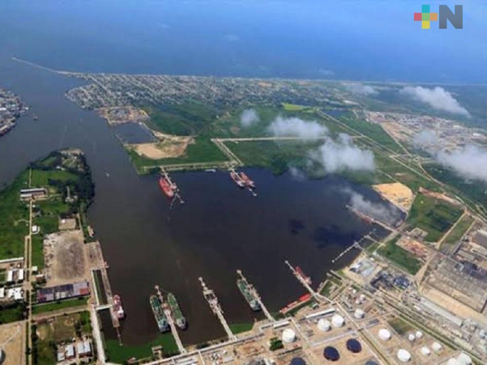 Administración Portuaria Integral de Coatzacoalcos prevé remover 600 mil metros cúbicos de material