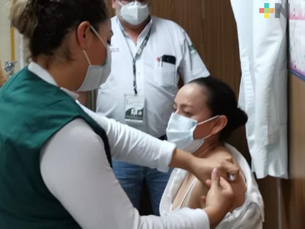 Mil 958 personas han completado esquema de vacunación contra COVID-19, al recibir segunda dosis
