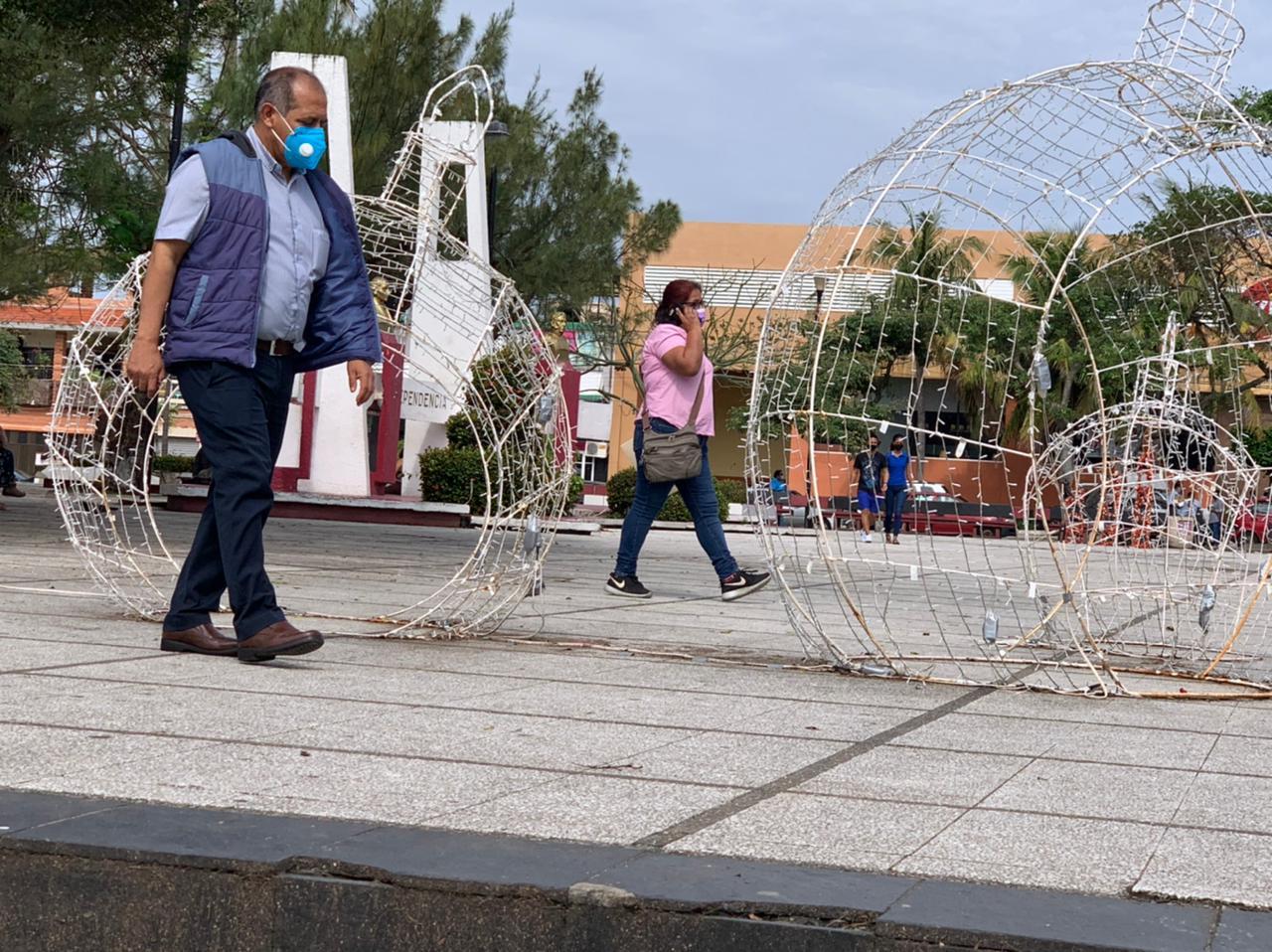 Ciudadanos de Coatzacoalcos piden endurecer medidas sanitarias para evitar contagios de COVID-19