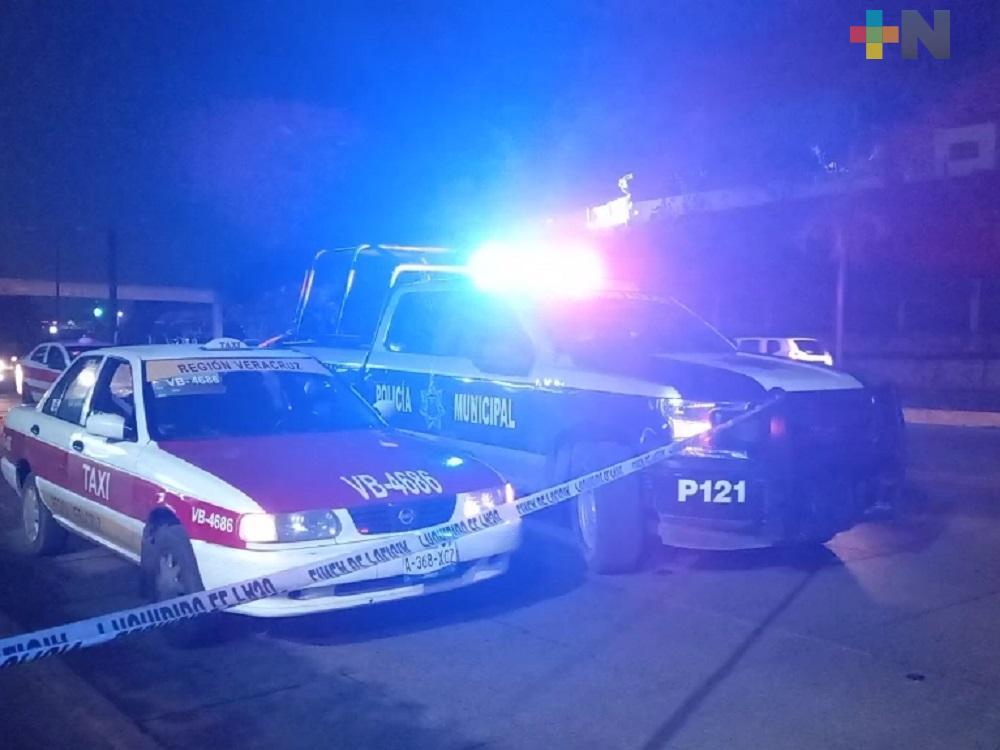 En Veracruz, hombre de la tercera edad fallece dentro de taxi
