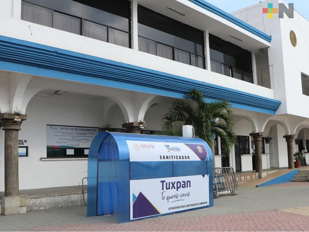 Gobierno de Tuxpan refuerza medidas sanitarias para el ingreso a palacio