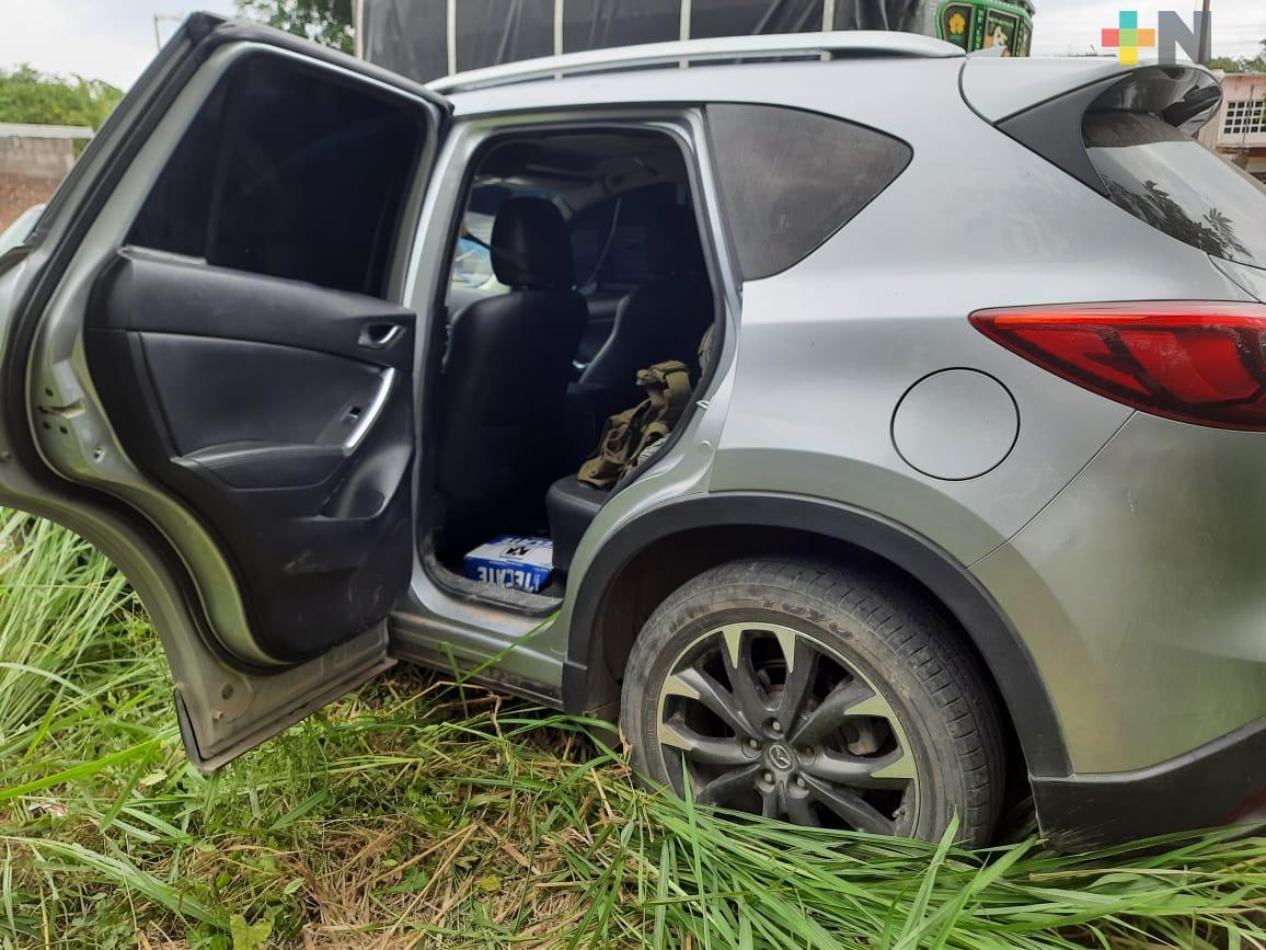 Asegura SSP automóvil relacionado con la privación ilegal de la libertad de la activista Elvira Gómez