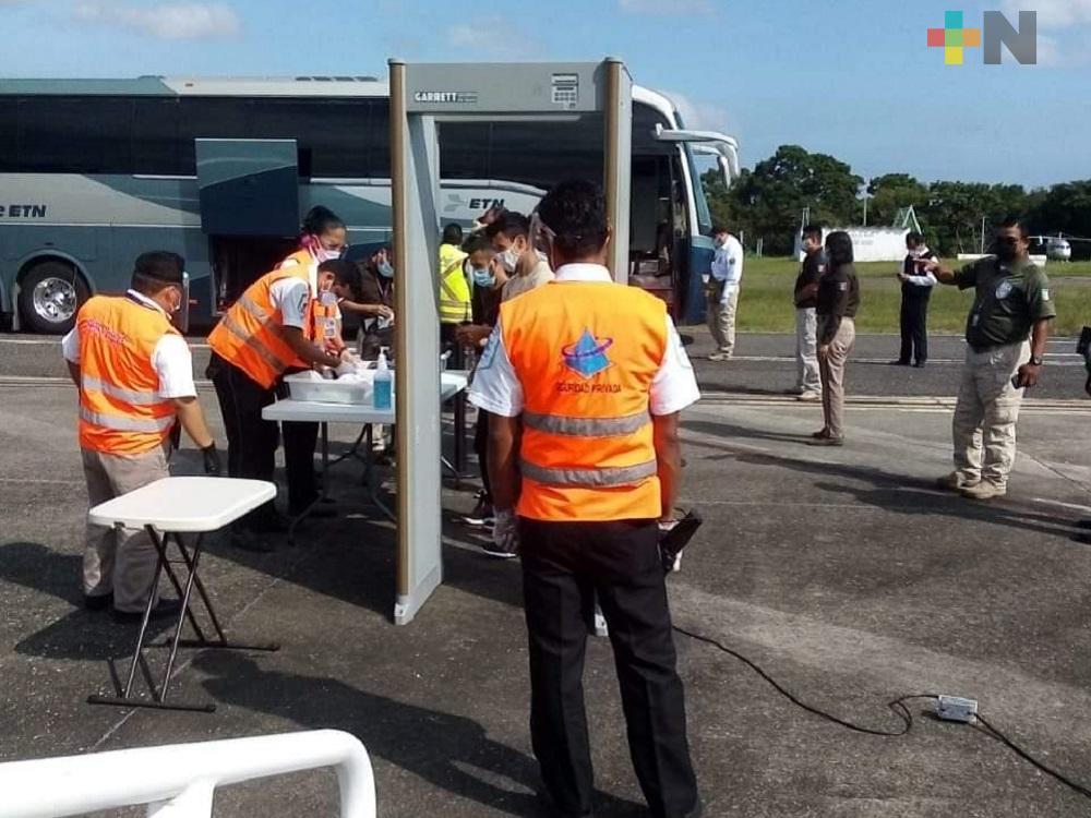Desde Minatitlán fueron repatriados 136 hondureños por no comprobar estancia regular en México