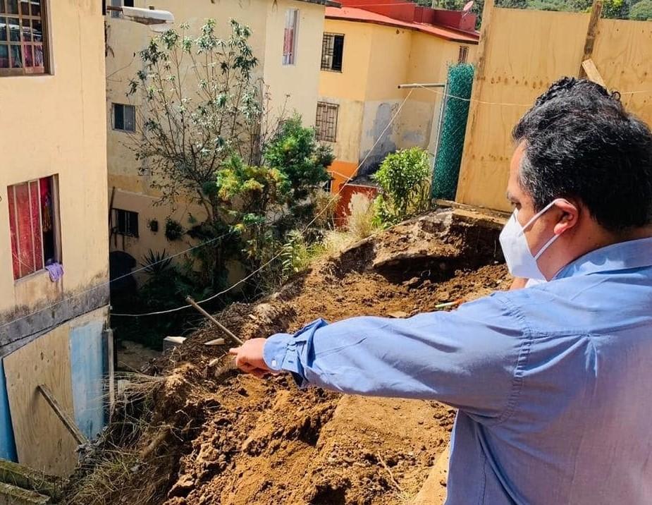 Atiende Invivienda deslave en la zona habitacional Nuevo Xalapa