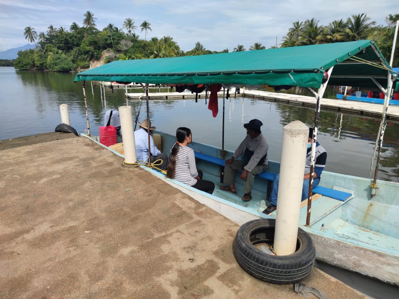 Servicio de lanchas en la región sur de Veracruz, opera con medidas sanitarias