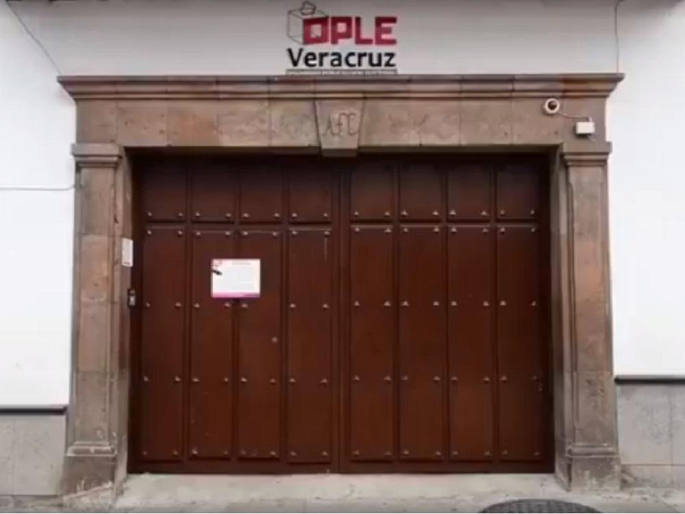 OPLE sancionó a dos alcaldes veracruzanos por violencia política en razón de género