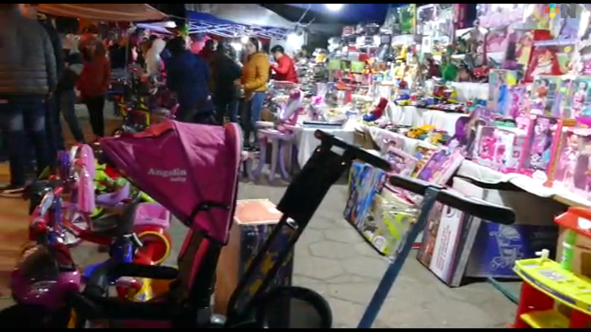 Bajas ventas en noche de Reyes reportan comerciantes de Huayacocotla