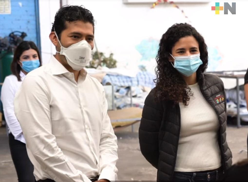 Secretaria Luisa María Alcalde visitó empresa cordobesa que participa en programa Jóvenes Construyendo el Futuro
