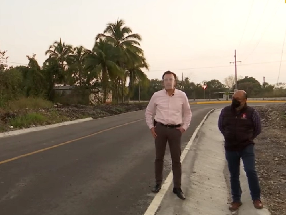 Supervisó gobernador Cuitláhuac García obras de rehabilitación carretera en región de Emiliano Zapata