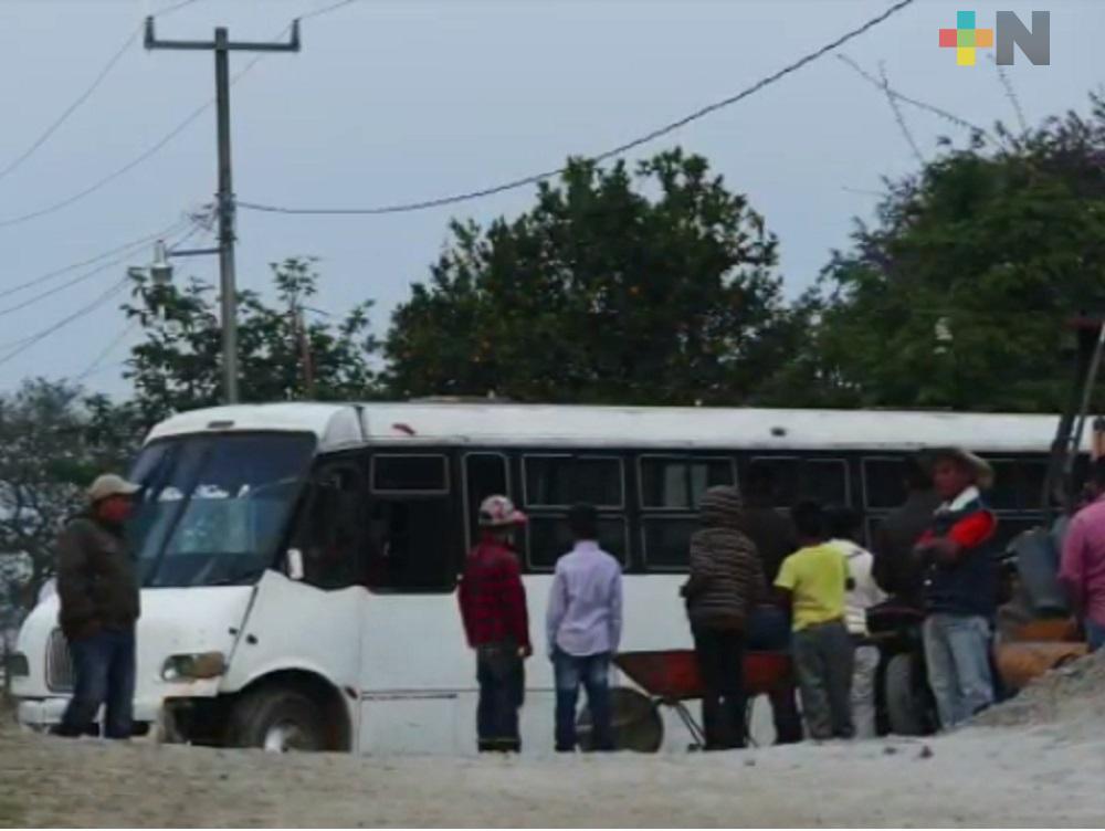 Suspenden servicio de transporte de pasajeros en la Sierra de Huayacocotla