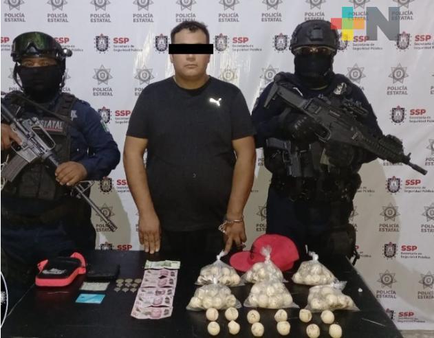 Detiene a empleado de Pemex por comercializar huevos de tortuga en redes sociales