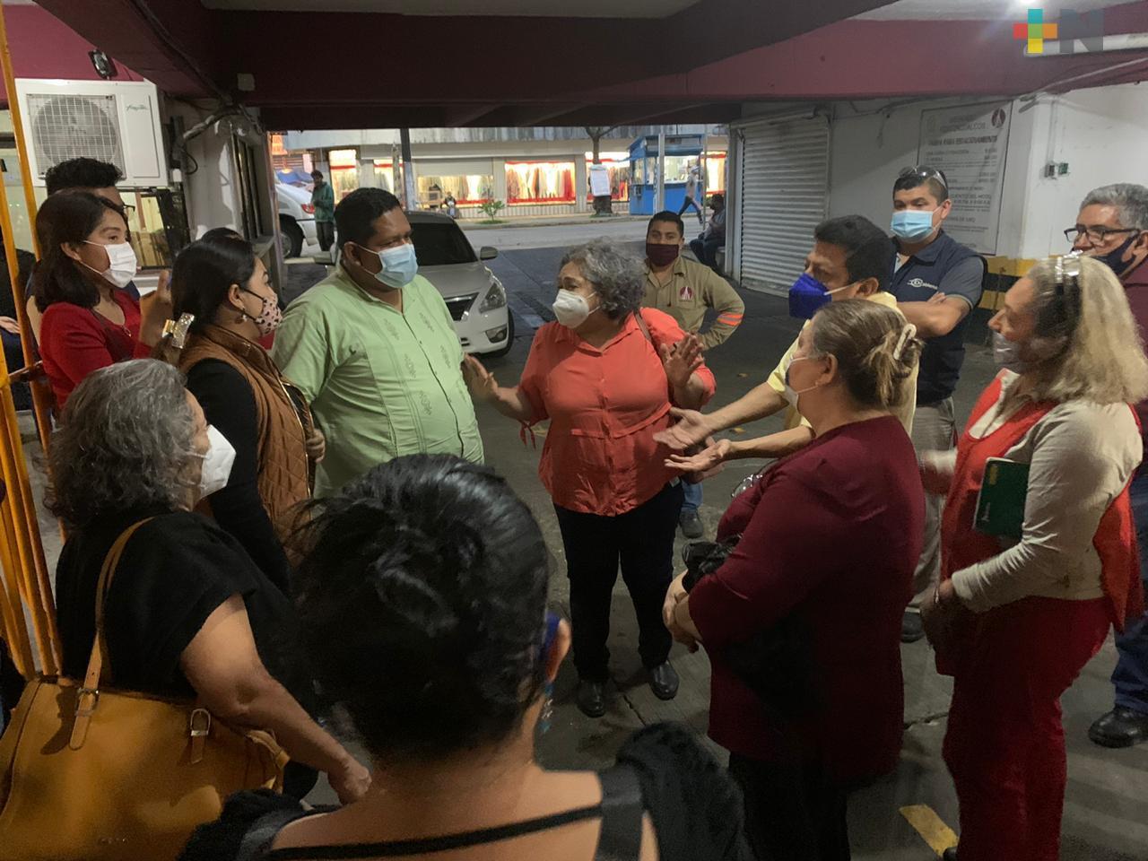 Locatarios del Mercado Coatzacoalcos solicitan extender horario de atención