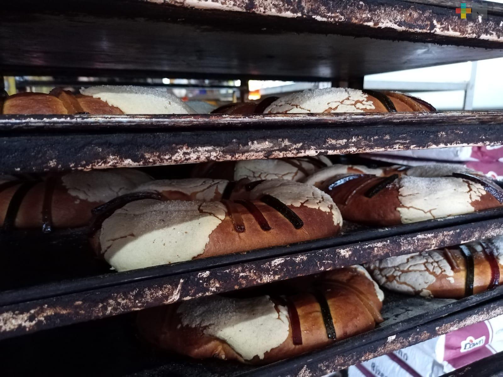 Elaboran la tradicional rosca de Reyes desde hace más de 20 años en Coatzacoalcos
