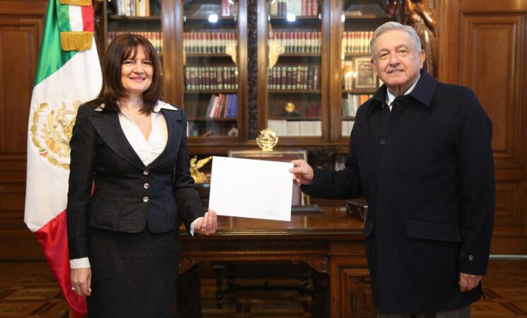 Presidente López Obrador recibe cartas credenciales de cinco embajadores