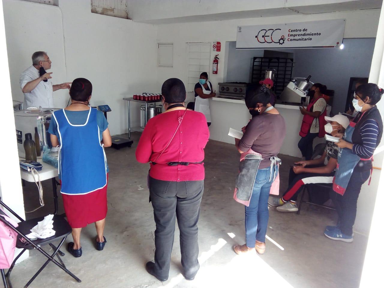 Inició actividades Centro de Emprendimiento Comunitario, en Xalapa