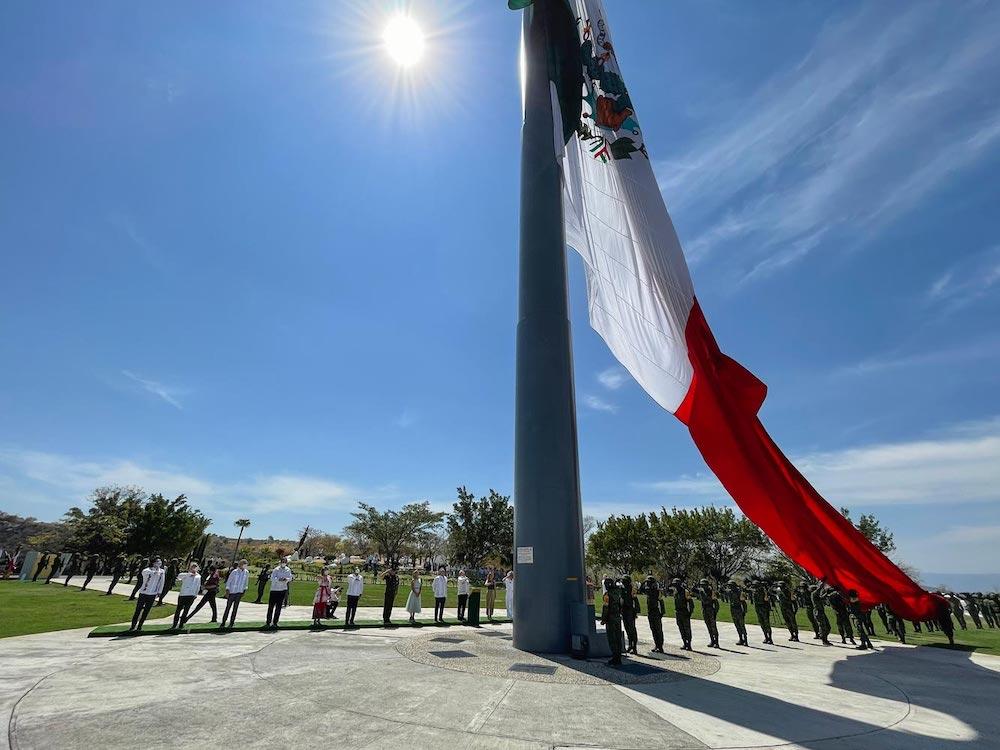 Presidente reafirma compromiso de búsqueda de estudiantes normalistas de Ayotzinapa