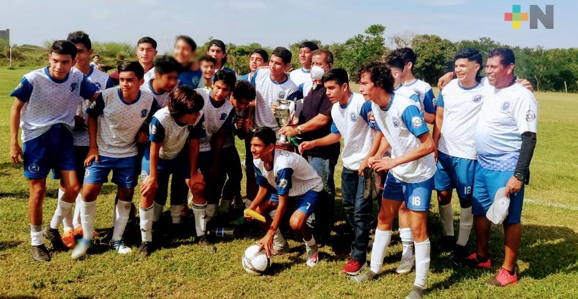 Entregan trofeos a los campeones de la Oropeza