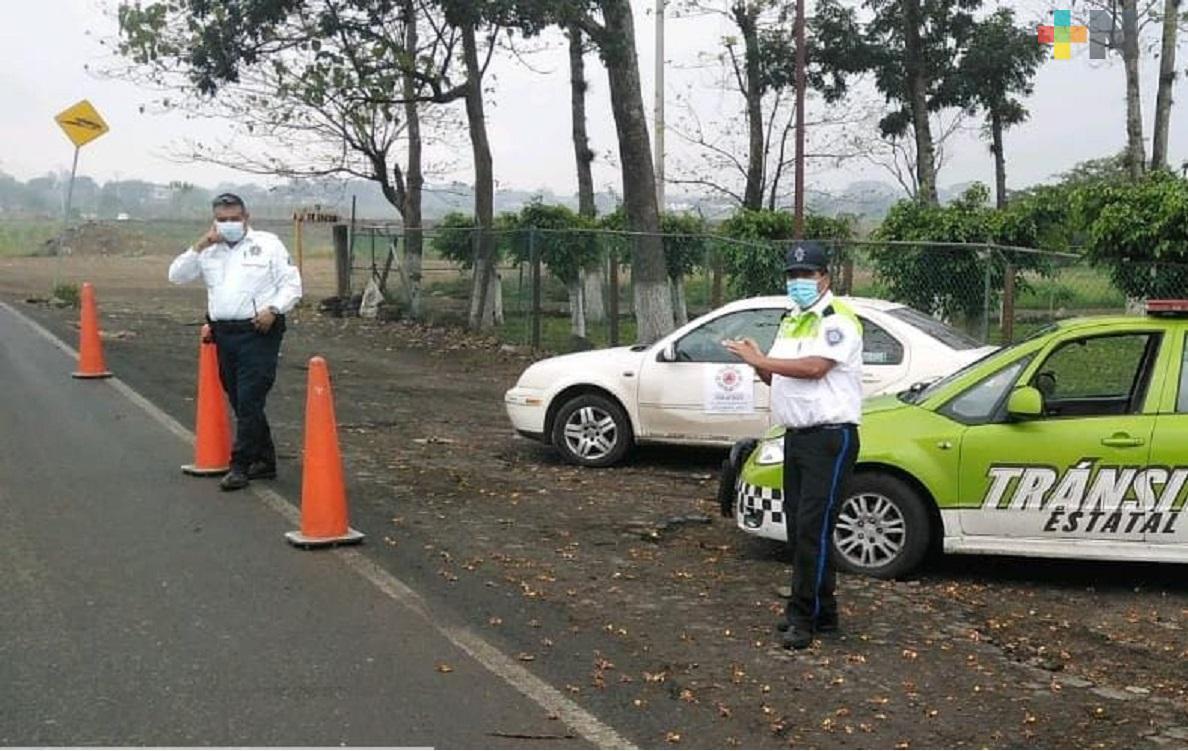 Ayuntamiento de Cuichapa,  Tránsito del Estado y Policía Estatal instalan filtro en carretera Yanga-Omealca