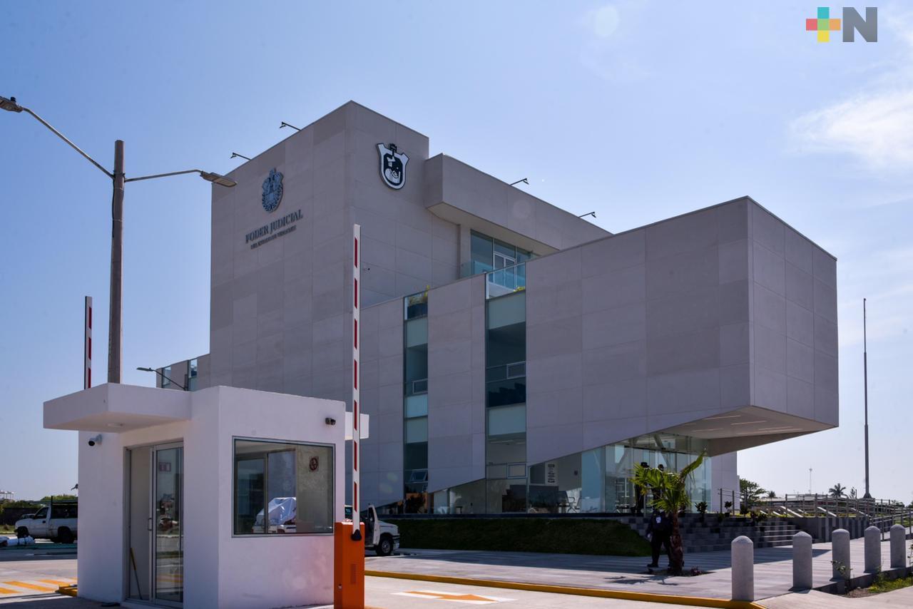 Isabel Inés Romero Cruz entrega la Ciudad Judicial de Medellín