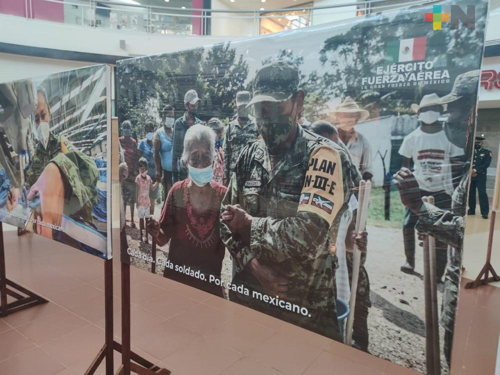 Con exposición fotográfica, conmemoran el Día del Ejército Mexicano en Coatzacoalcos