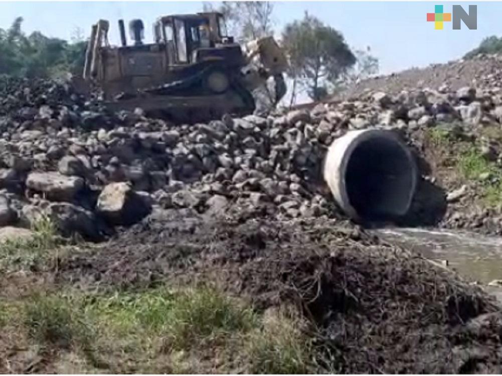Continúan trabajos de construcción de la autopista Totomoxtle-Veracruz
