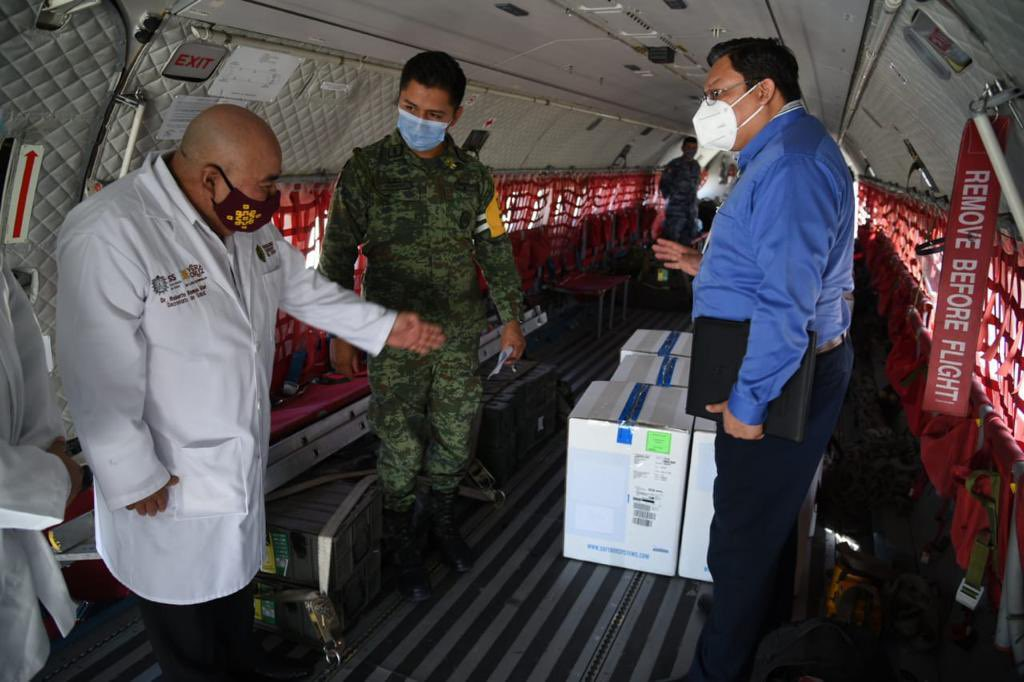 Llegó a Veracruz vacuna Pfizer para completar esquema de vacunación a personal de salud