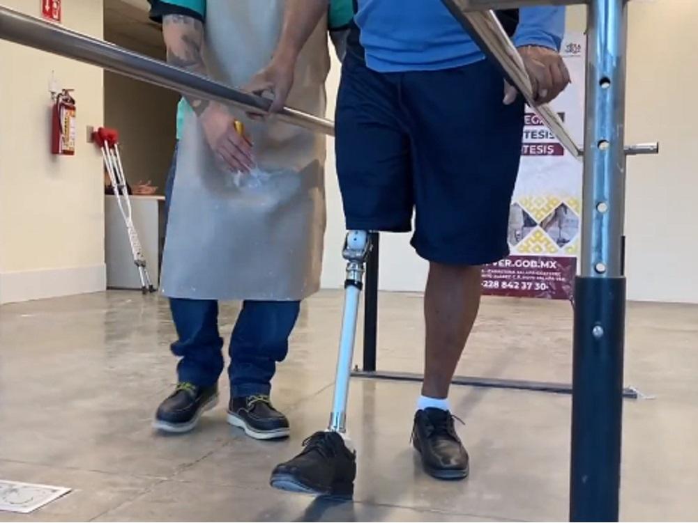 DIF Estatal de Veracruz entregó prótesis a persona beneficiada