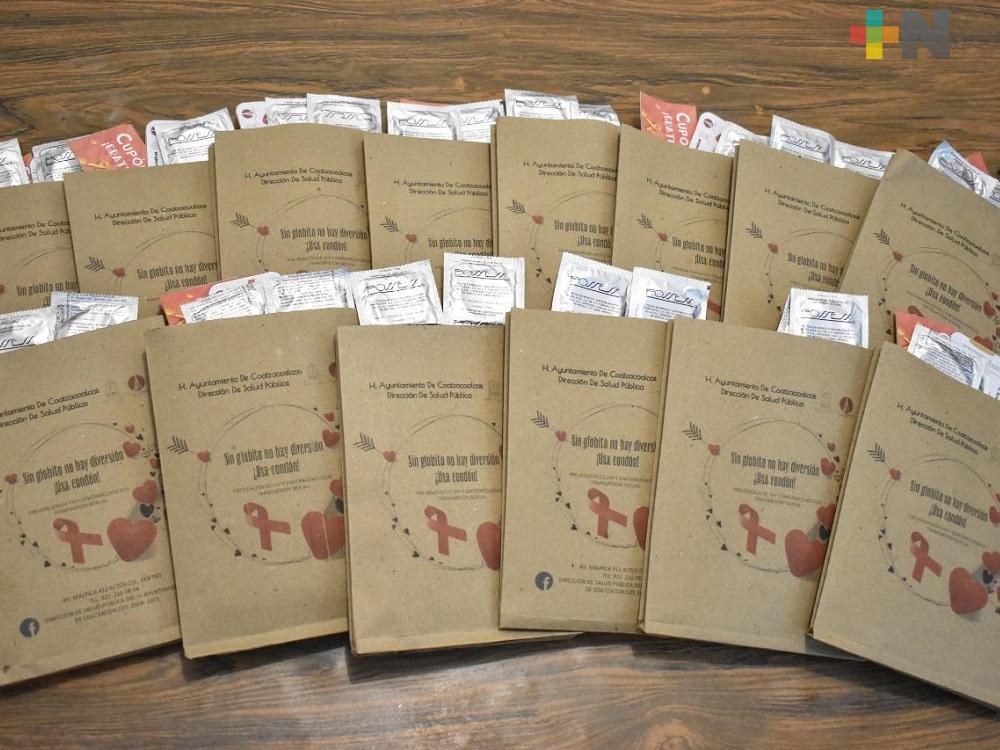 De forma gratuita, entregan Kits del Amor en Coatzacoalcos