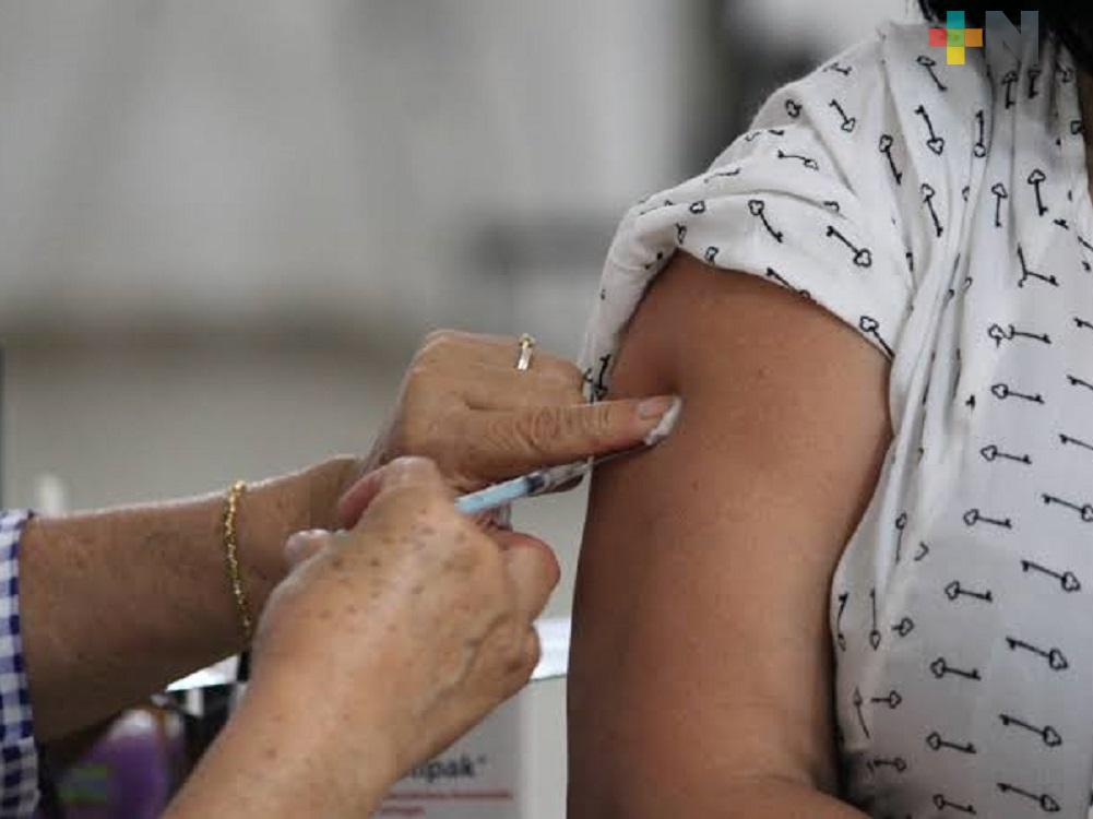 Más de 15 mil docentes de la región Veracruz se vacunarán contra COVID-19; registro vence este viernes