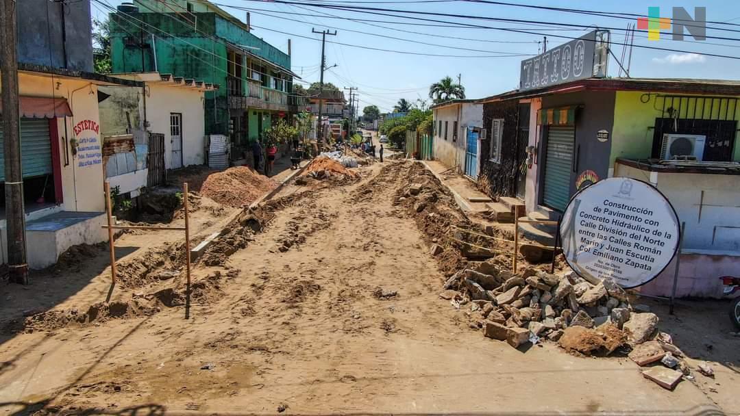 Ayuntamiento sigue entregando obra pública en Coatzacoalcos