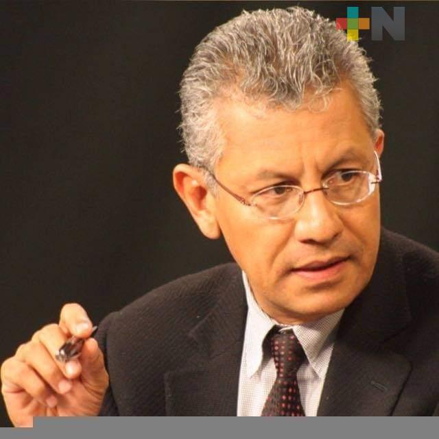 MC ofrece candidatura a ex rector Raúl Arias Lovillo