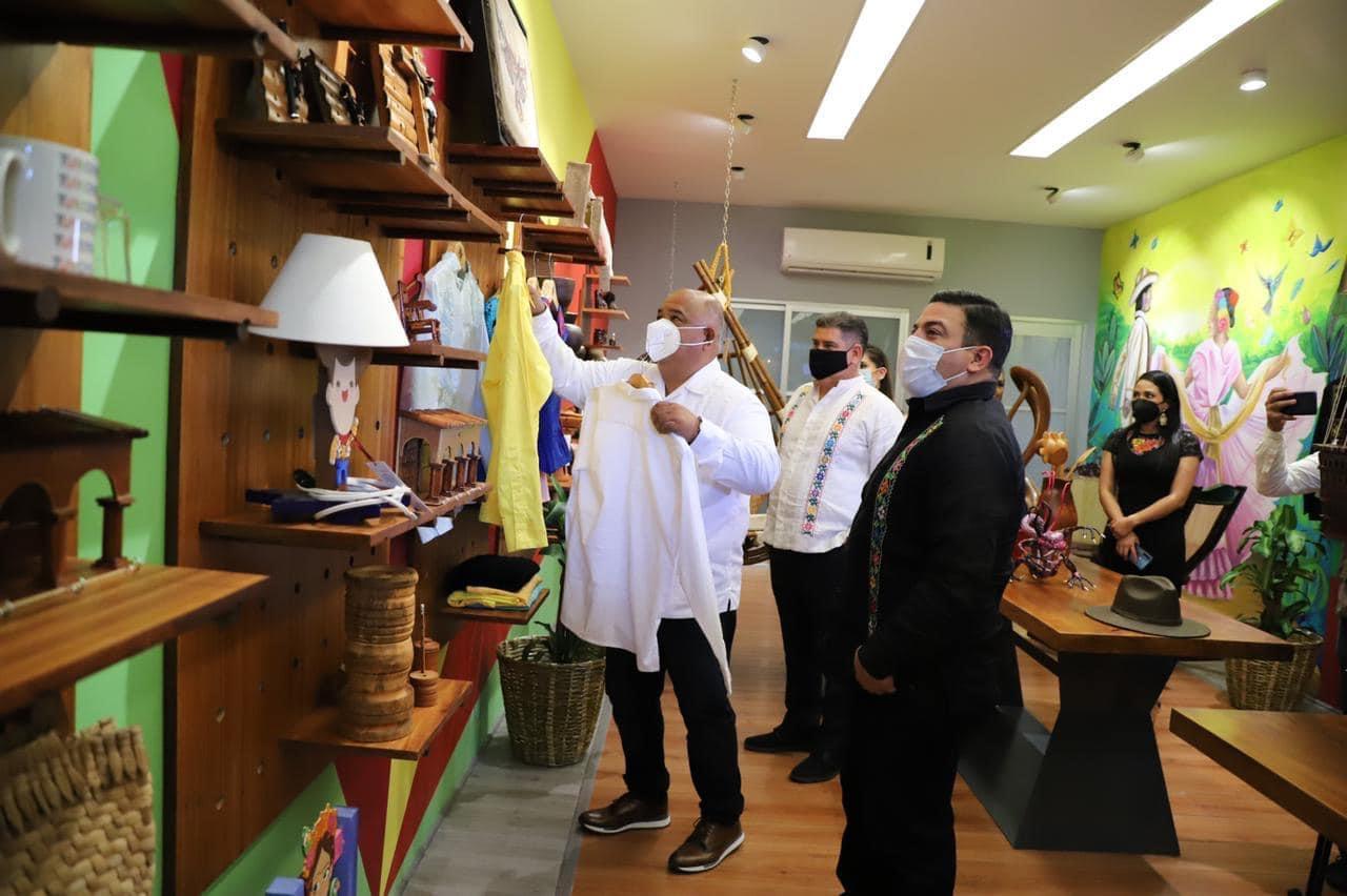 Gobierno estatal apoya a los que más lo necesitan con la Tienda Veracruz: Gómez Cazarín