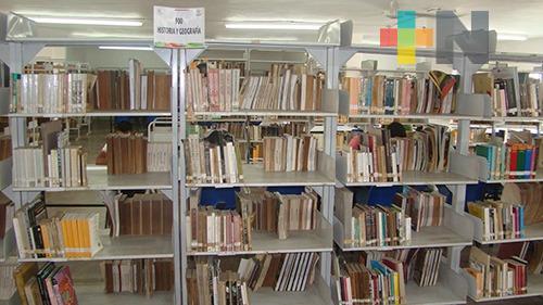 Nutren acervo en biblioteca de Tuxpan