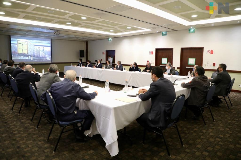 Reiteran empresarios interés por mantener inversiones en Veracruz
