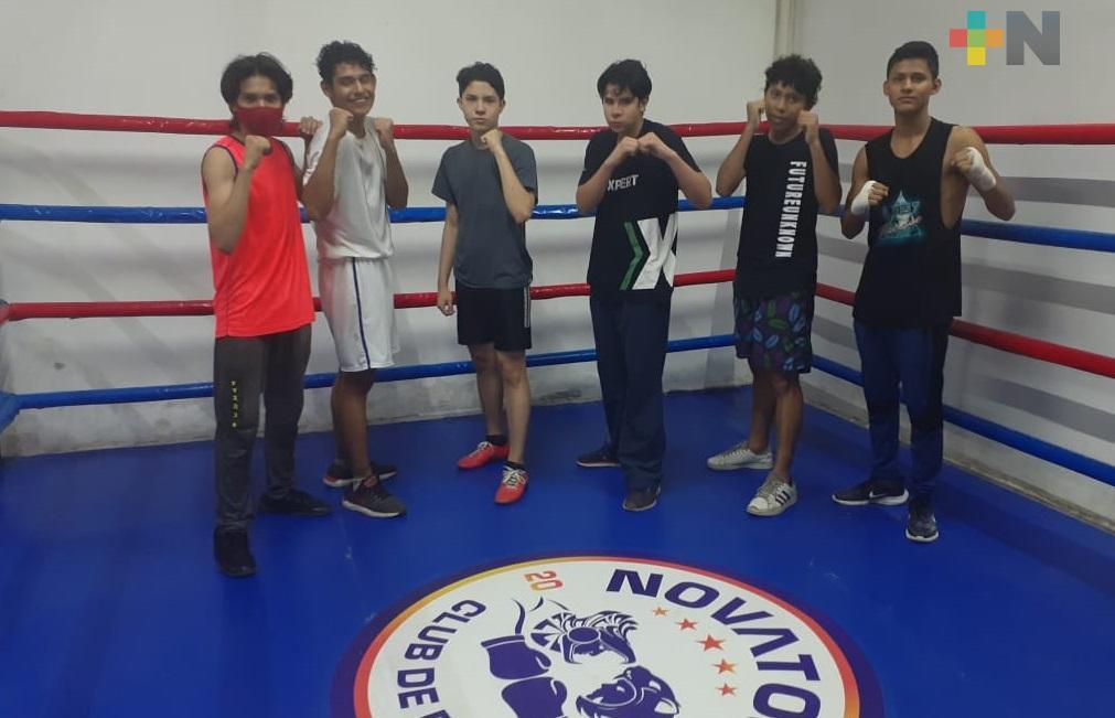 Boxeadores del Gimnasio «Novatos» siguen su preparación