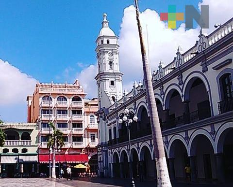 En forma abrupta, cuatro funcionarios del Ayuntamiento de Veracruz dejaron sus cargos