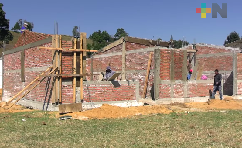 Autoridades de la SEV supervisaron obras en escuelas de Villa Aldama y Altotonga