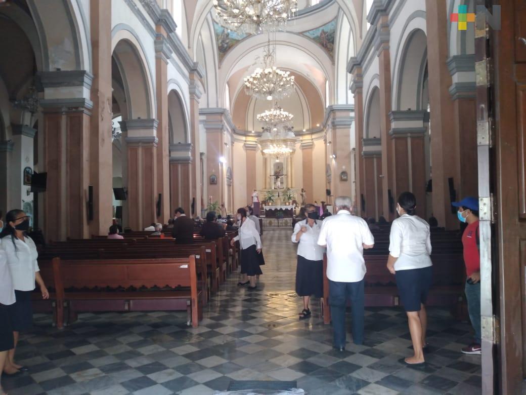 Con aforo de 25 por ciento, celebraron Miércoles de Ceniza en Catedral de Veracruz