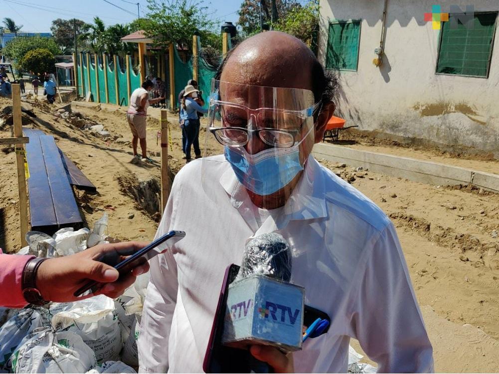 Coatzacoalqueños piden apoyo al Ayuntamiento por falta de tanques de oxígeno