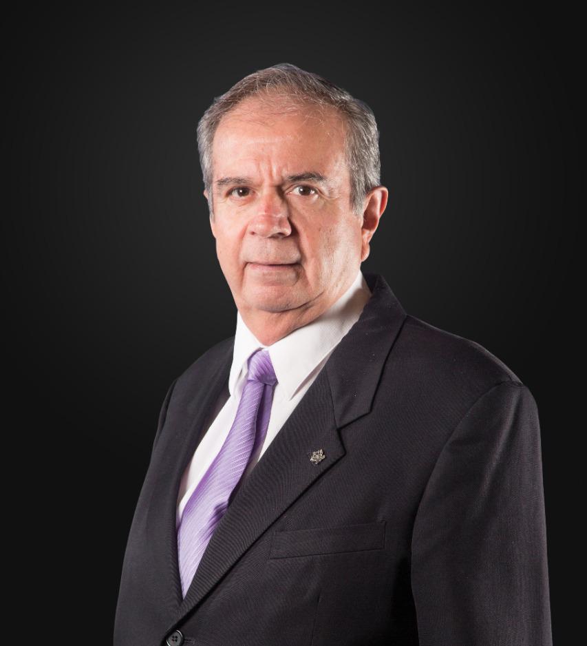 Se apagó la voz inconfundible de Veracruz | fallece Don Miguel Reneaum