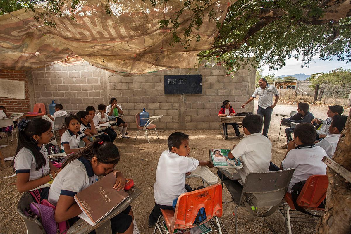 El reto del regreso a clases en las comunidades indígenas