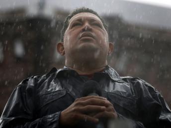 Embalsamar a Chávez será 'bastante difícil' admite Maduro