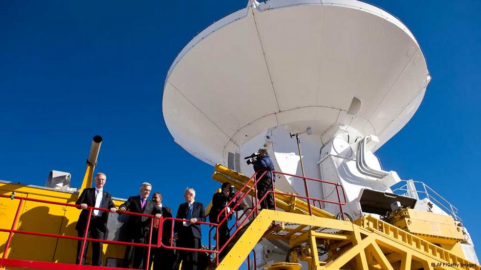 Inauguran supertelescopio «ALMA» en Chile