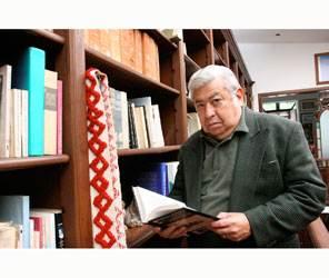 Con donación de acervo inicia homenaje a Roberto Bravo Garzón