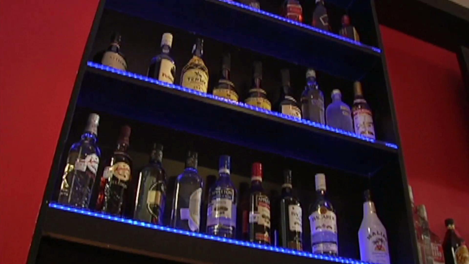Xalapa adecuará reglamento de comercio para aplicar nueva Ley para una Juventud Segura y Libre de Alcohol