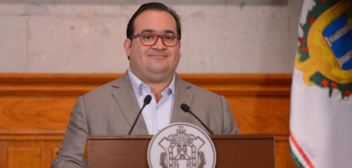 Envía Javier Duarte 2 iniciativas de reformas al Código Financiero del Estado