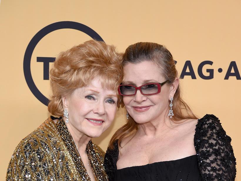 Debbie Reynolds madre de Carrie Fisher muere a los 84 años de edad