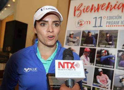 Gaby López lidera torneo de golf en Ciudad de México